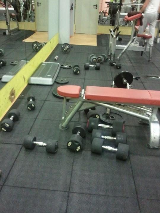 Cosas que no deberías hacer en el gimnasio 4