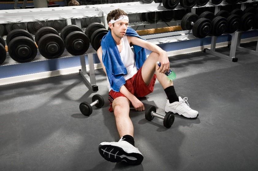 Cosas que no deberías hacer en el gimnasio 6